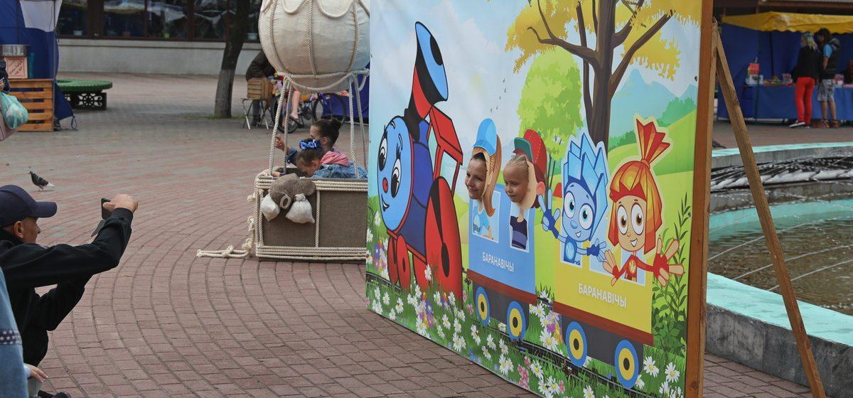 Как отмечали День Независимости в Барановичах. Фоторепортаж