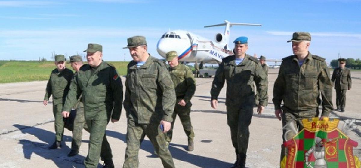 Замминистра обороны РФ приехал под Барановичи для рекогносцировки района