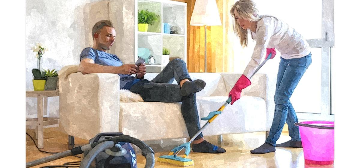 Почему муж лежит на диване и не помогает по дому. ТОП-5 причин