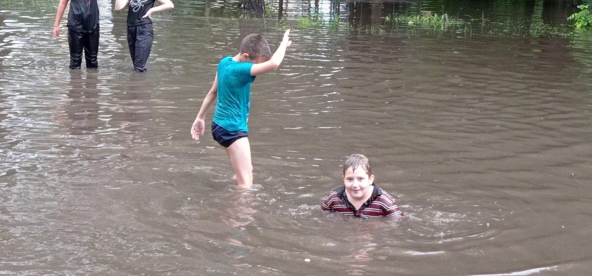 Это что-то невероятное: сколько воды вылилось за двое суток на Барановичи