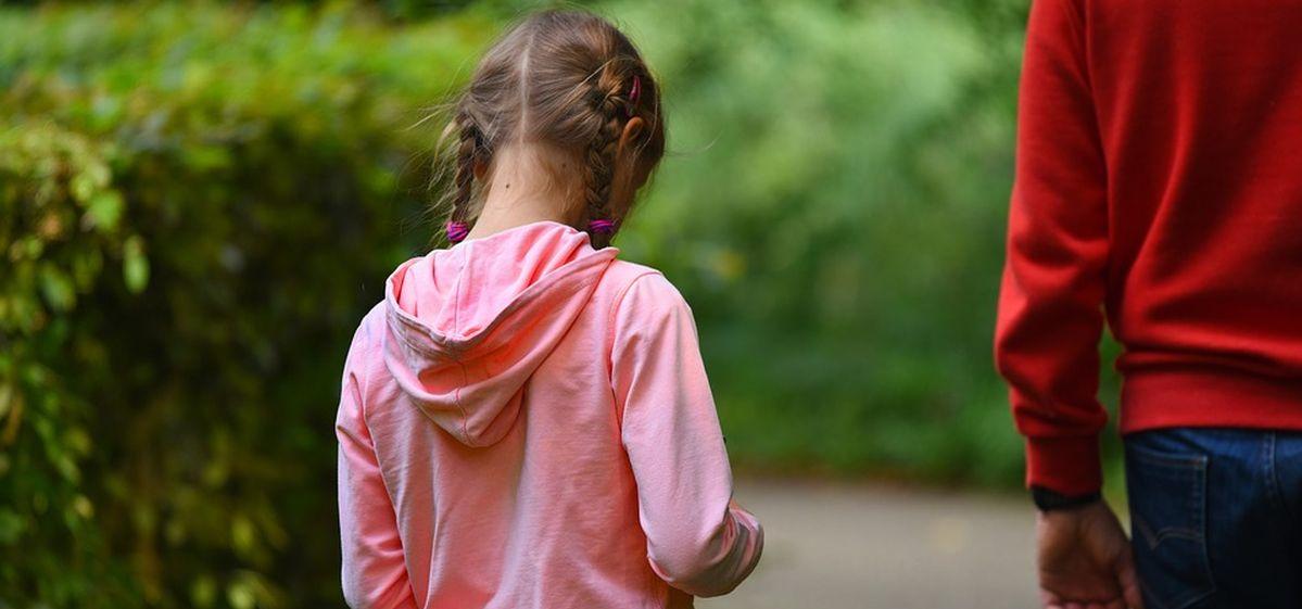 Как правильно рассказать ребенку о разводе и чего не стоит делать: советы психолога