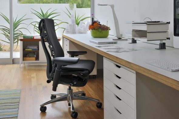 Кожаное ортопедическое кресло не роскошь, а необходимость