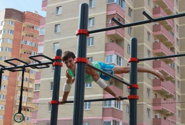 Качественный воркаут для спортивной площадки
