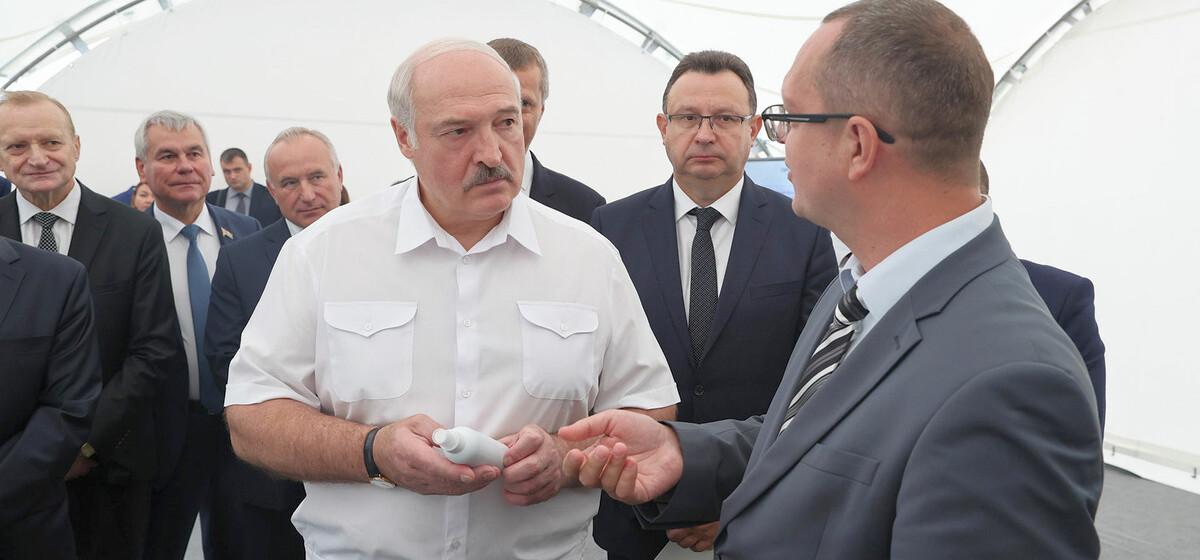 «Не дай бог узнаю, что кого-то принуждают, наклоняют». Лукашенко о том, как нужно вакцинировать жителей Беларуси