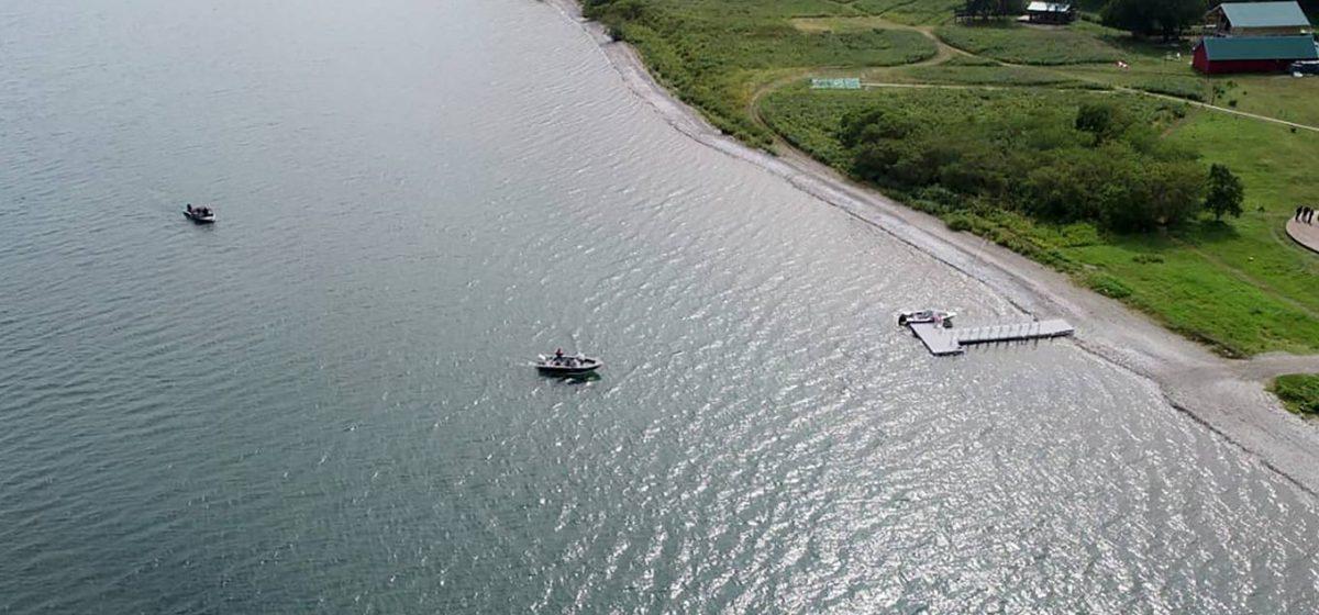 В упавшем в озеро в России вертолете был белорус. Он рассказал, как удалось спастись