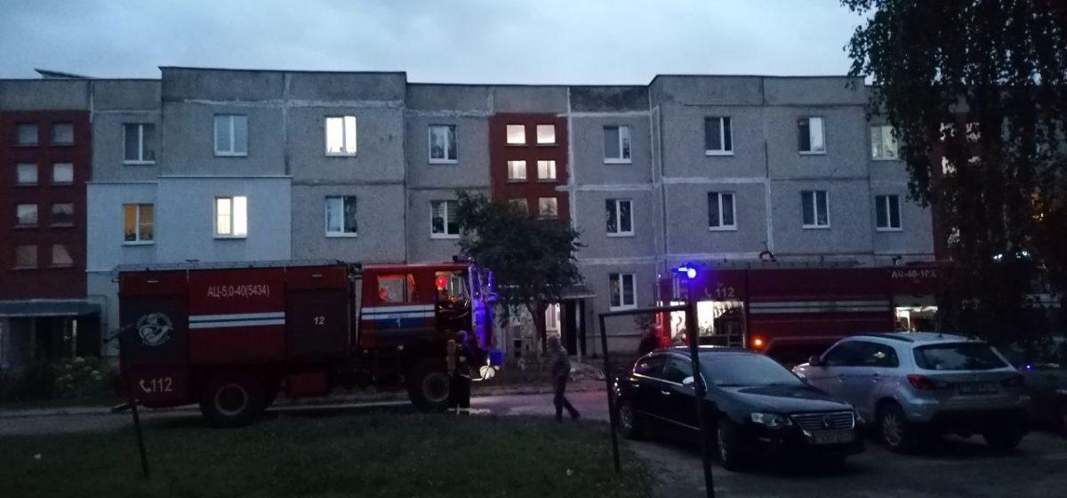 Из-за забытой на плите кастрюли произошло задымление в квартире под Барановичами. Фотофакт