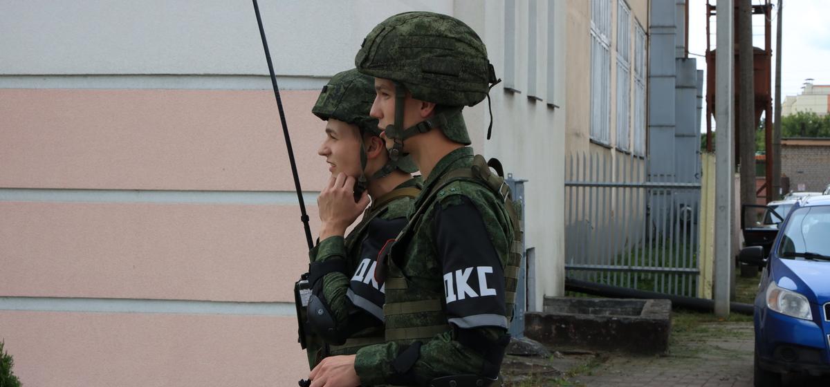 Что за люди в военной форме появились на улицах Барановичей