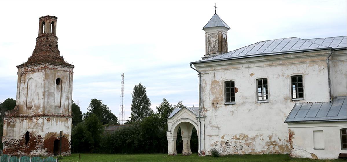 Путешествие одного дня: старинный храм, остатки панской роскоши и могила праведника мира – что посмотреть и чему удивиться в Новодевятковичах
