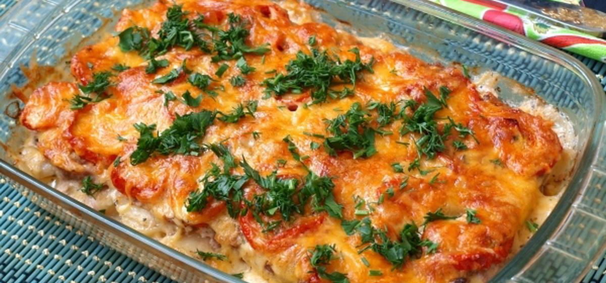 Вкусно и просто. Картофель с фаршем и помидорами в духовке