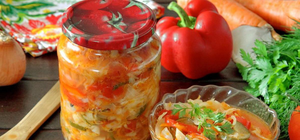 Вкусно и просто. Овощной салат из капусты, помидоров и огурцов на зиму
