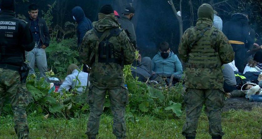 «Иногда мертвых выбрасывают на границу». Лукашенко на саммите ОДКБ обвинил Польшу в создании пограничного конфликта