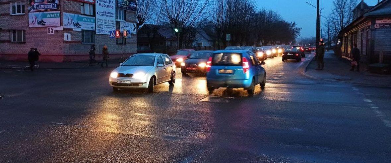 Сколько водителей попалось в Барановичах за не включенный днем свет фар