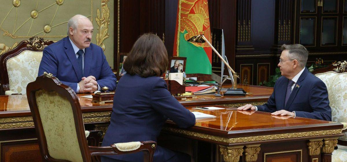 Лукашенко собирается нарастить добычу нефти в Беларуси до 3-3,5 миллионов тонн: «Нутром чую, что есть нефть»