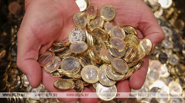 51-летний житель Молодечно отобрал у 5-летнего ребенка два рубля на стрижку. Возбуждено уголовное дело