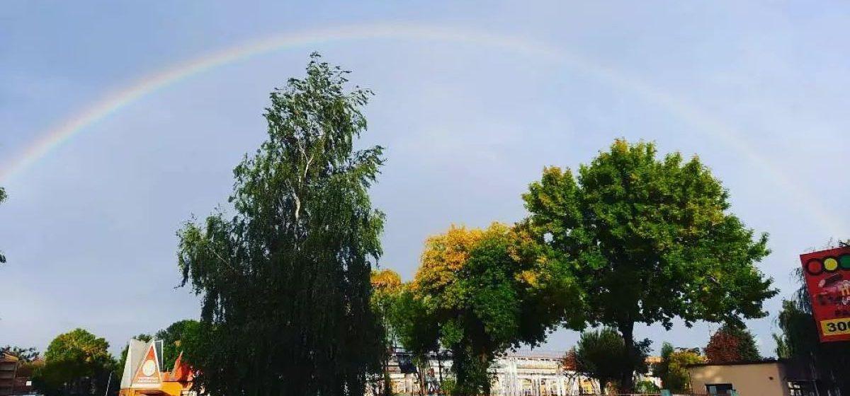 Радуга над Барановичами в сентябре. Фотофакт