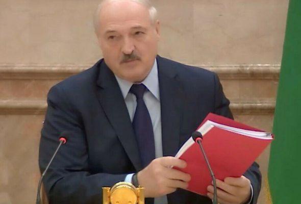 Навошта Лукашэнку новая Канстытуцыя? Разбіраемся з экспертамі
