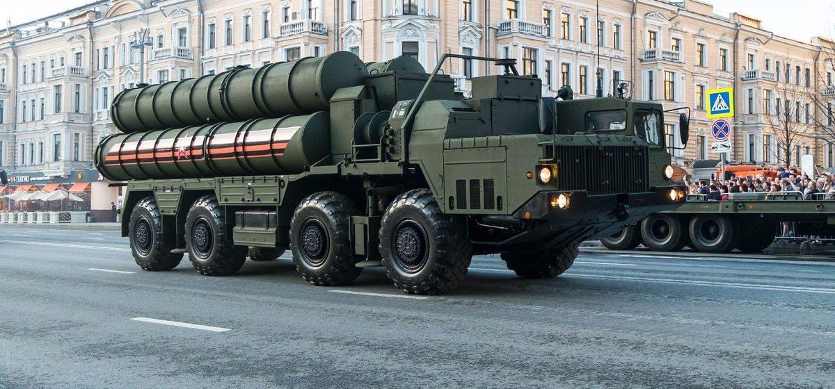 Как учебные центры с С-400 в Гродно и Су-30СМ в Барановичах могут превратиться в российскую военную базу, рассказал эксперт