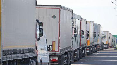 Более 1,6 тысяч фур стоят в очередях на границе, чтобы попасть из Беларуси в ЕС