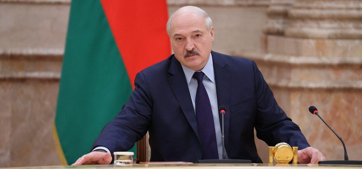 Лукашенко предложил разрешить ВНС вносить изменения в Конституцию
