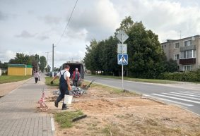 Как выглядит тротуар, который разрушили три месяца назад во время реконструкции трубопровода на улице Грунтовой в Барановичах