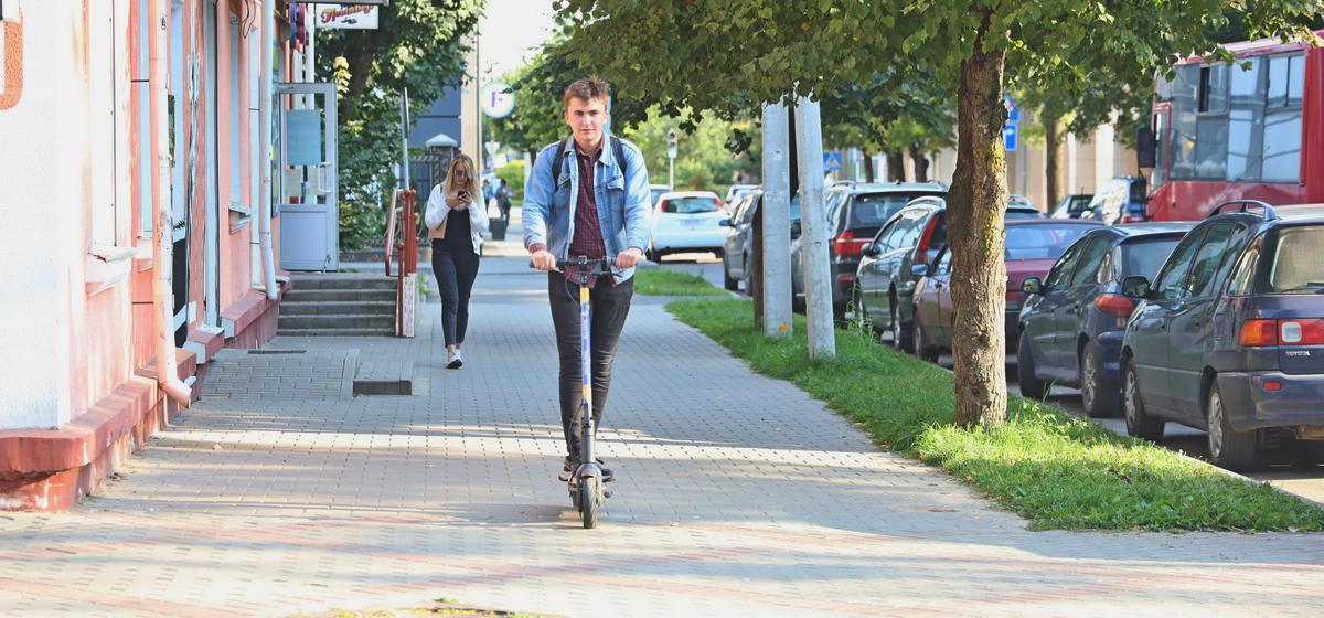 Испытано на себе. Как я пересел с велосипеда на арендный электросамокат в Барановичах