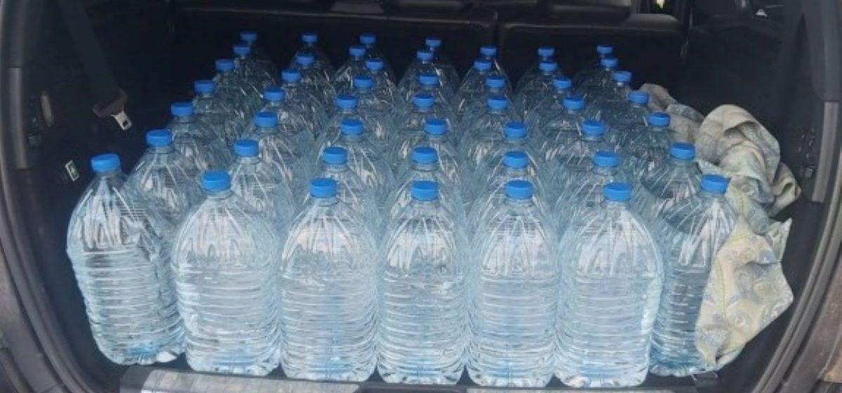 Милиция задержала мужчину, который незаконно перевозил 350 литров алкоголя в Барановичах