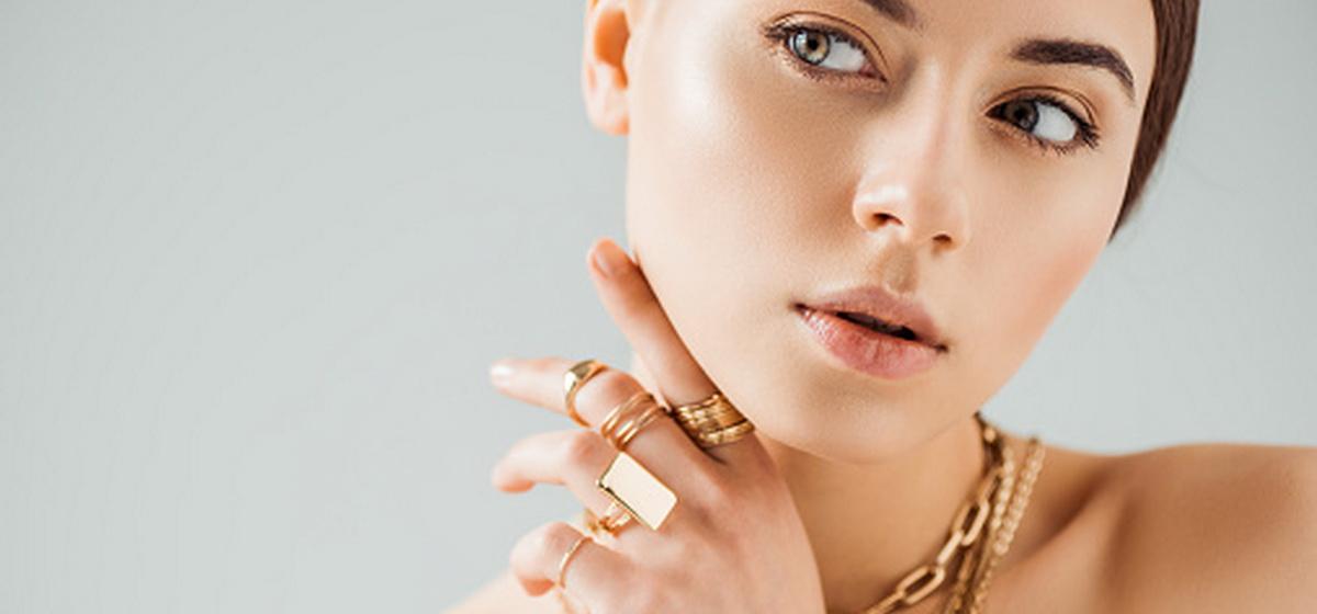 Как правильно носить кольца, чтобы привлечь в свою жизнь удачу и изобилие