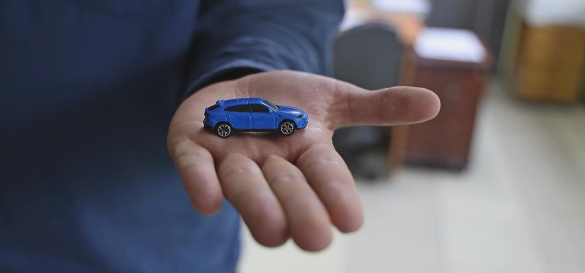 Тест. Узнайте марку автомобиля по одному логотипу