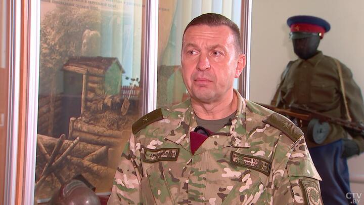 Командир внутренних войск Беларуси: «Под видом возвращения мигрантов к нам забрасывают потенциальных террористов»