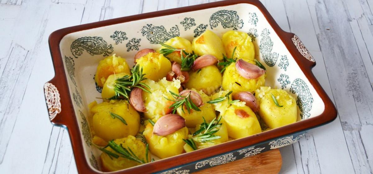 Вкусно и просто. Печеная картошка в духовке