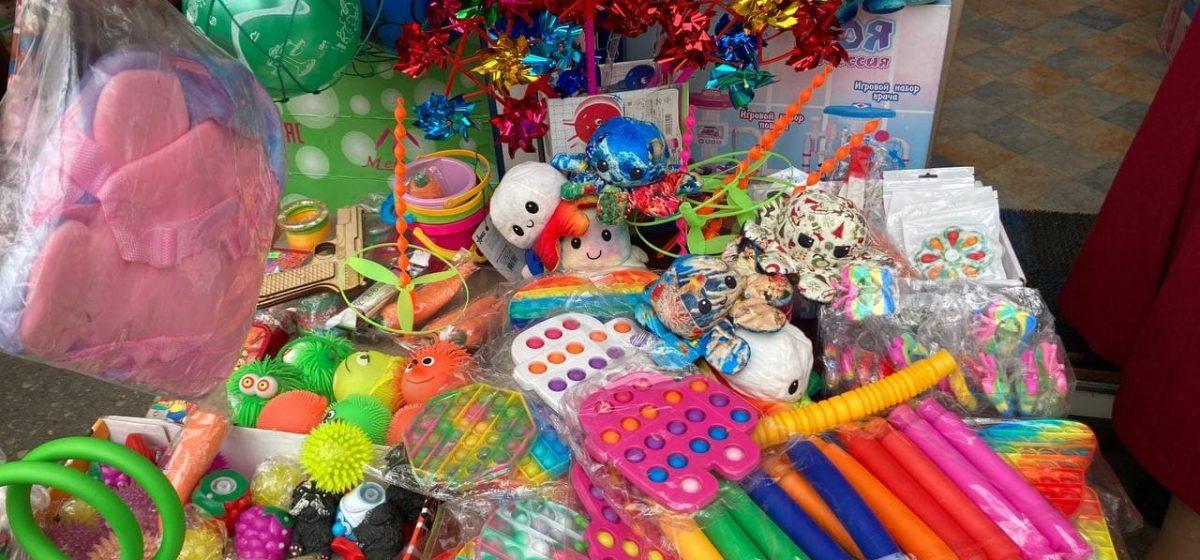 ТОП-5 игрушек на барановичском рынке, которые чаще всего покупают детям и не только