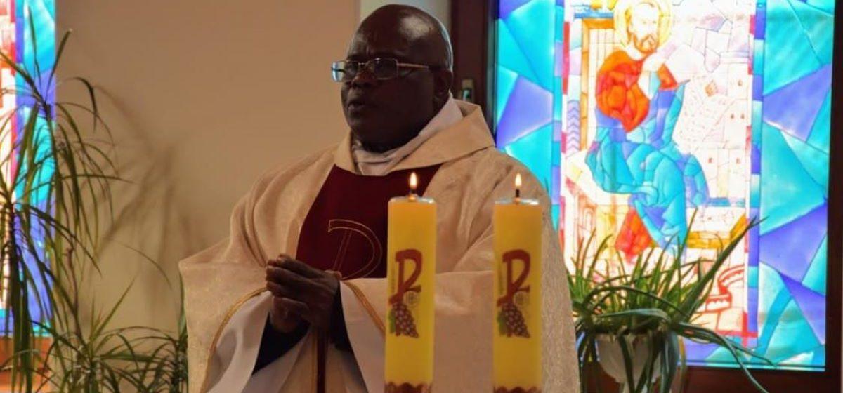 Первый в Беларуси священник-африканец приступил к службе в Гомеле