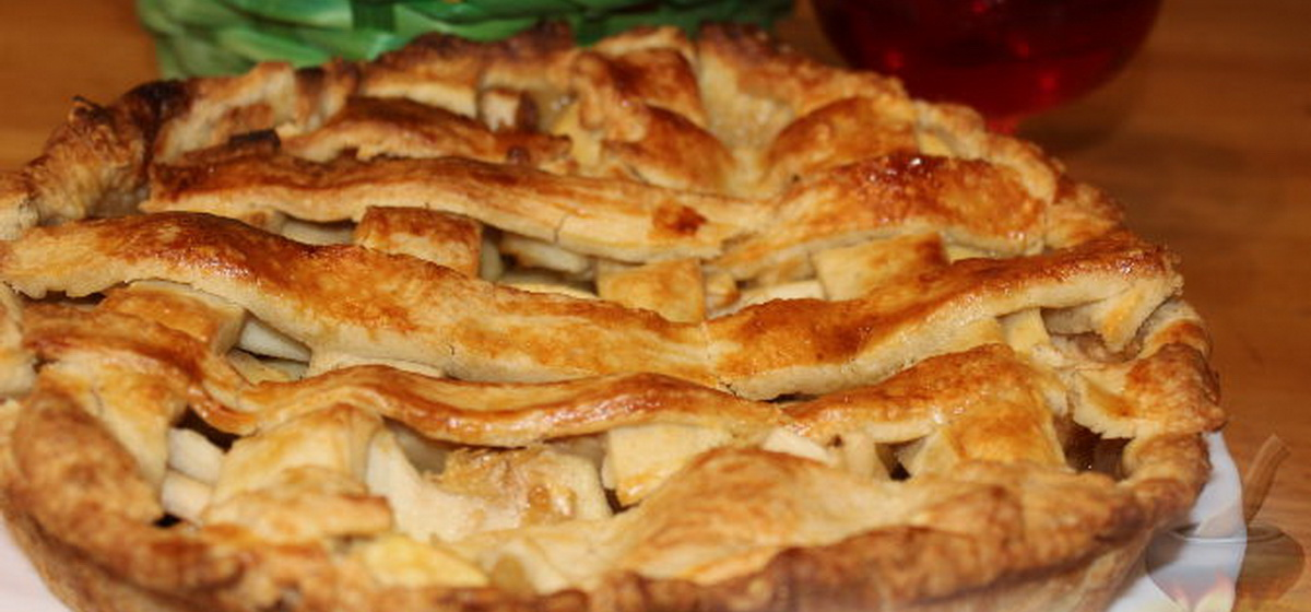 Вкусно и просто. Пирог с яблоками