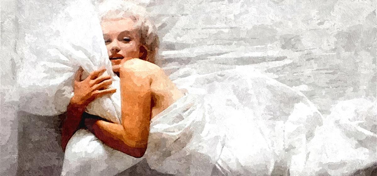 Полезно ли спать без нижнего белья, рассказывают врачи