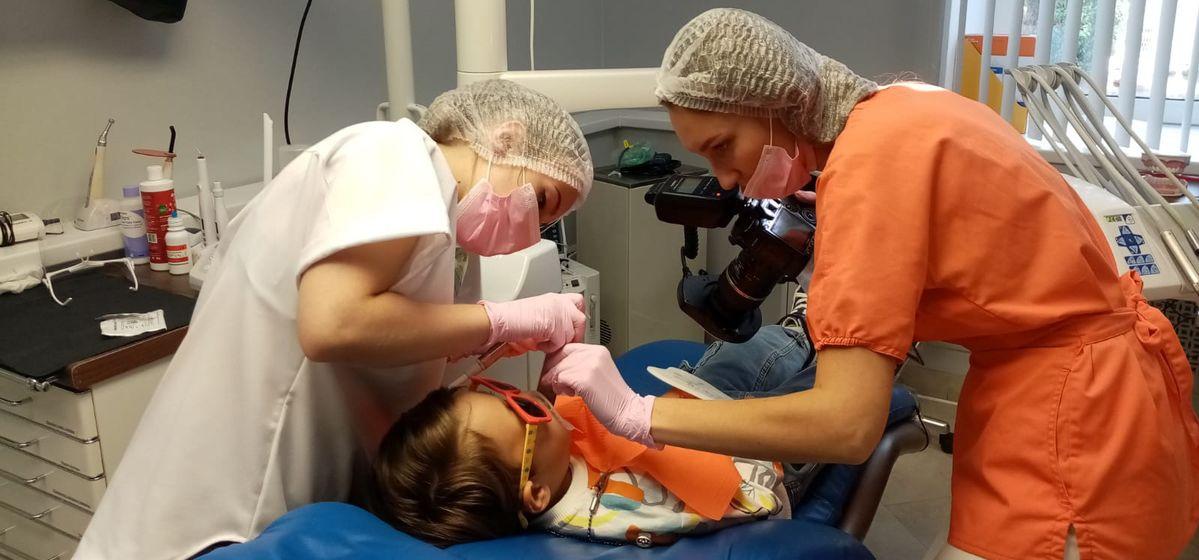 Как выбрать пасту и чем опасно преждевременное удаление молочных зубов, рассказала детский стоматолог
