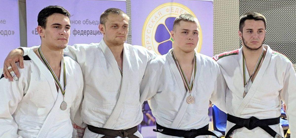 Спортсмен из Барановичей стал призером на международном турнире по самбо в Минске