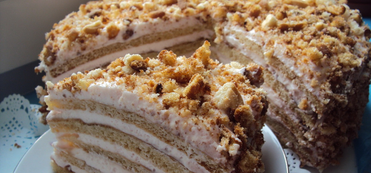 Как приготовить торт «Сметанник». Видео
