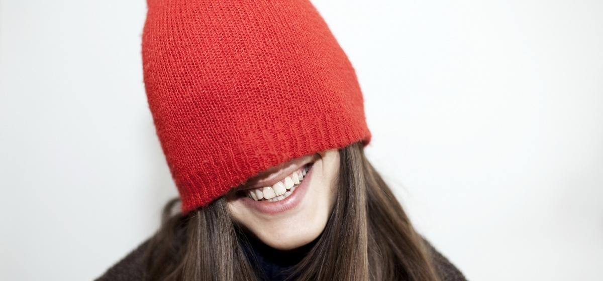 Чем опасна для здоровья шапка из синтетики, объяснила врач