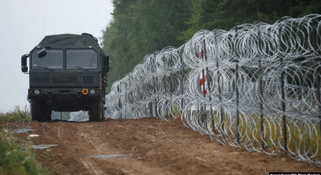 Польша продлила режим ЧП на границе с Беларусью