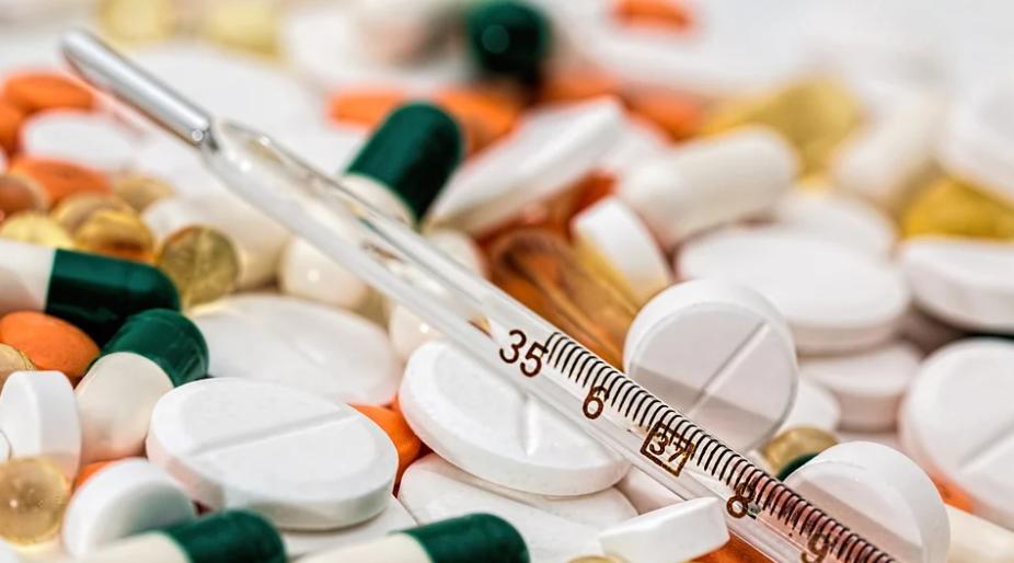 Появился препарат, который вдвое снижает вероятность госпитализации или смерти при заболевании COVID-19