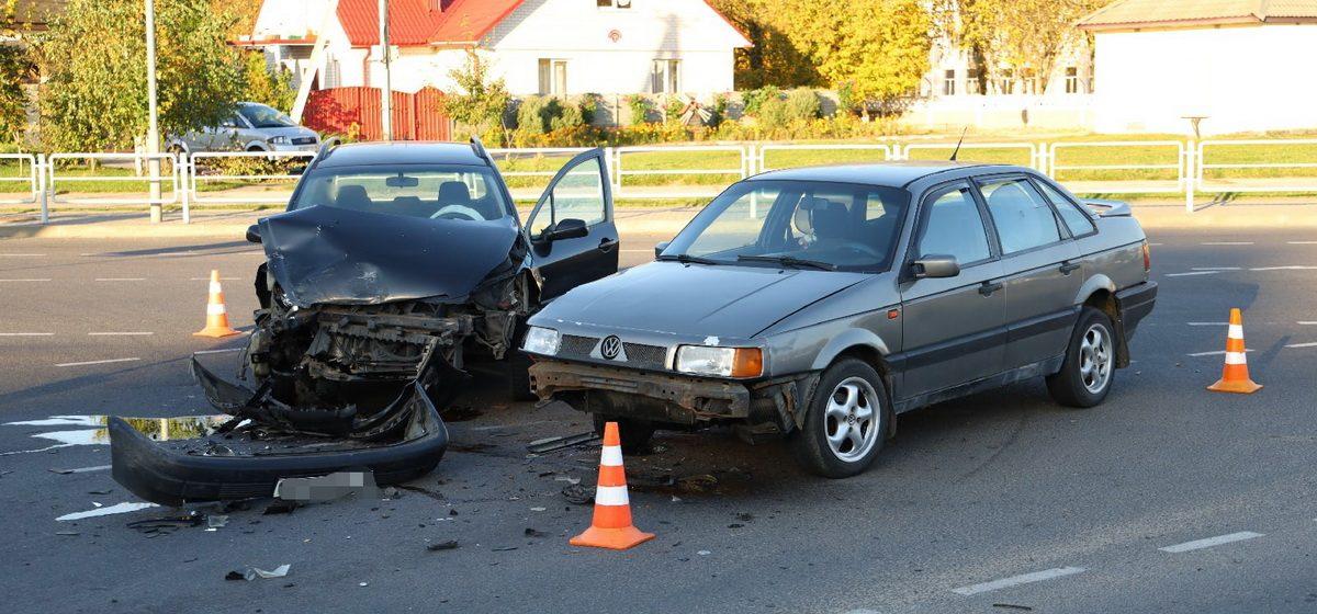 Volkswagen и Peugeot столкнулись в Барановичах