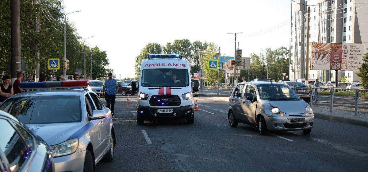 Милиция разыскивает очевидцев ДТП на пешеходном переходе в Барановичах