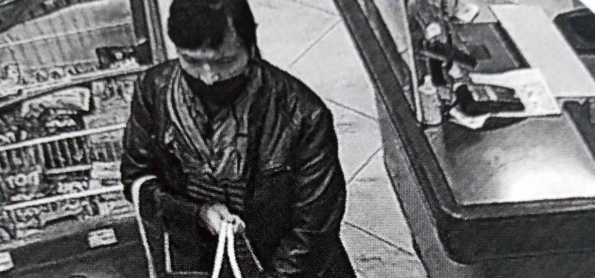 Барановичская милиция ищет женщину, подозреваемую в краже кошелька. Видео