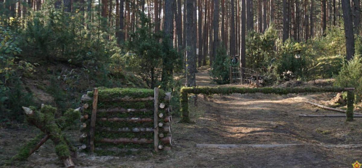 Десятки танков и бронемашин, сотни военных. Под Барановичами начались учения